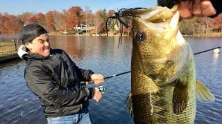 Slaying Bass on FINESSE Jigs! Late Fall Bass Fishing with a Subscriber